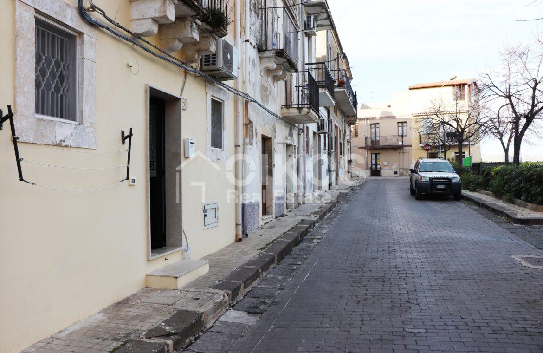 Casetta in via Garibaldi, Noto 02