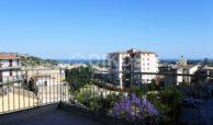 Palazzetto con terrazzi panoramici 02