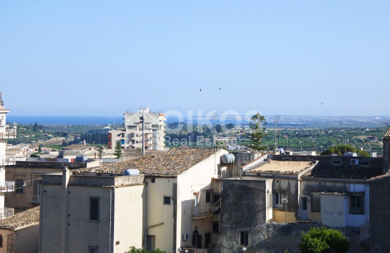 Palazzetto con terrazzi panoramici 04