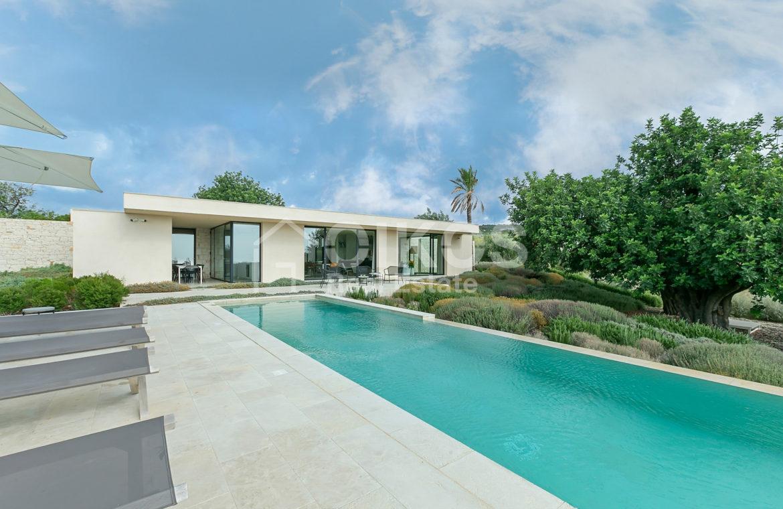 Villa Meti con piscina e dependance (32)