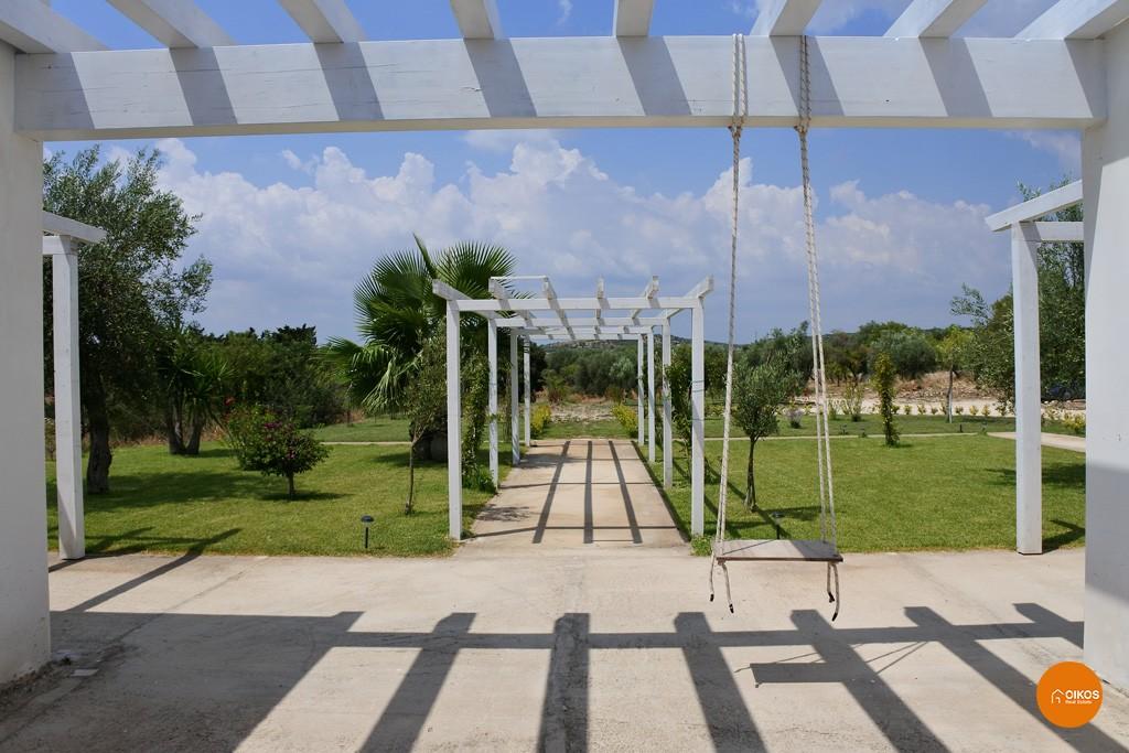 Villa con piscina e vista panoramica (15)
