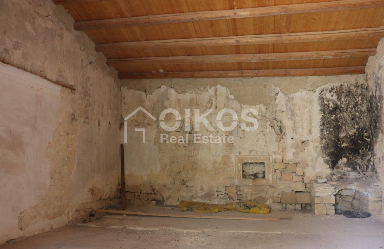 Caseggiato con antica macina nel cuore di Palazzolo Acreide 15