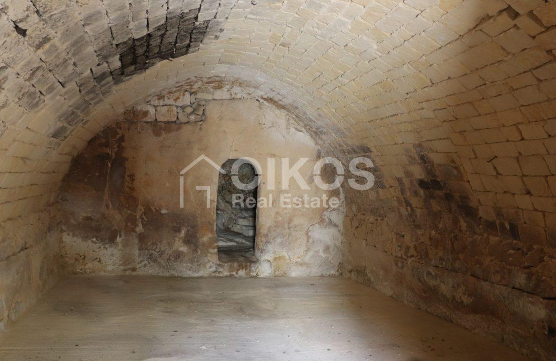 Caseggiato con antica macina nel cuore di Palazzolo Acreide 6