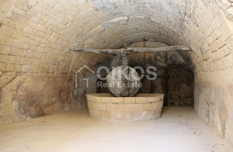 Caseggiato con antica macina nel cuore di Palazzolo Acreide 7