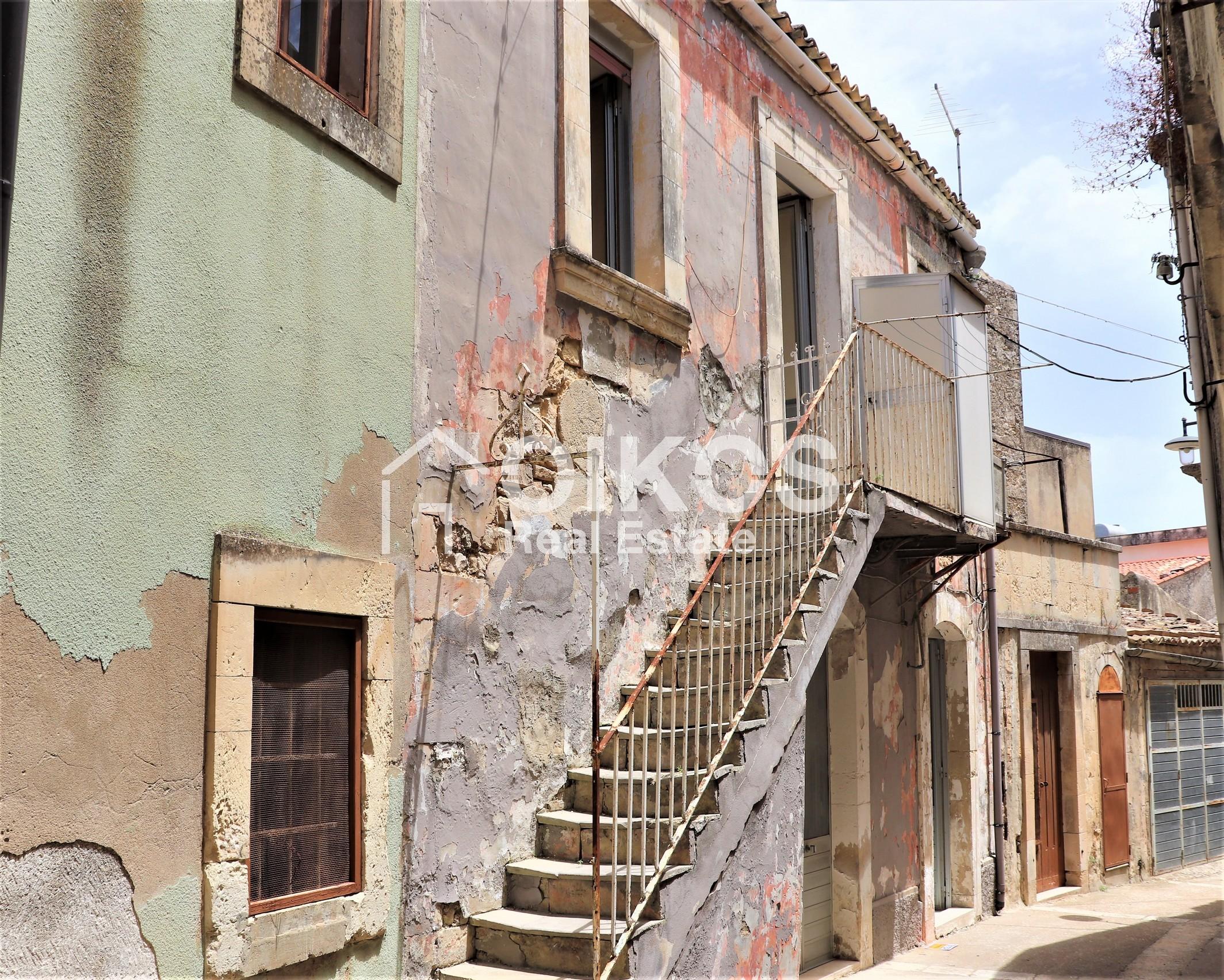 Casetta a due passi dal centro storico di Palazzolo Acreide 00
