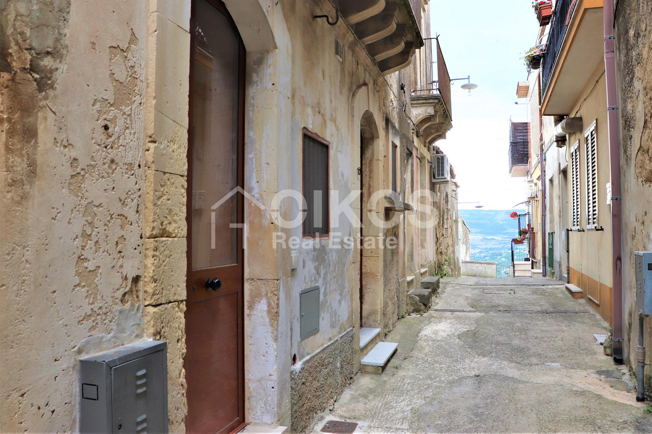 Casetta vicino piazza San Michele1