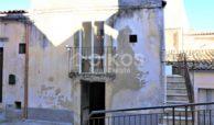 Casa a due passi dal Corso Vittorio Emanuele 2jpg