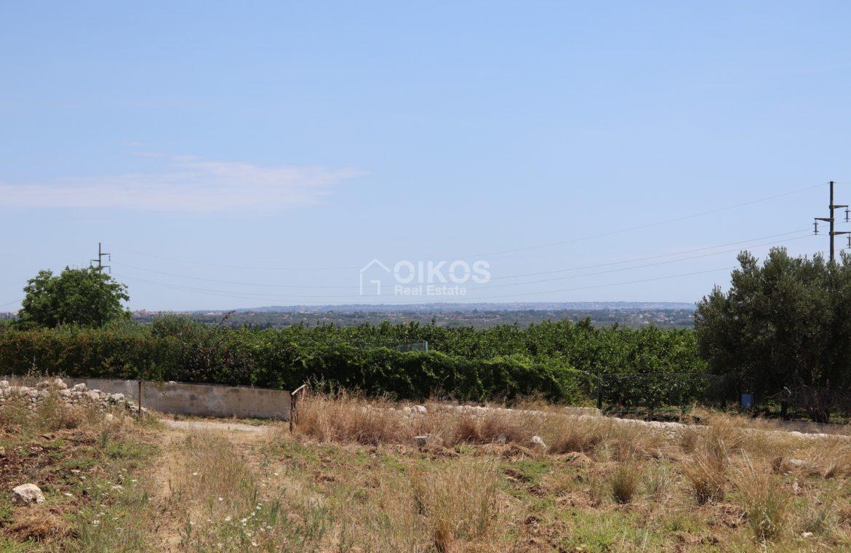 Terreno con caseggiato vista mare6