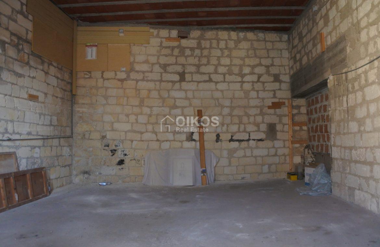 Casa con terrazzo e garage all'Agliastrello (12)