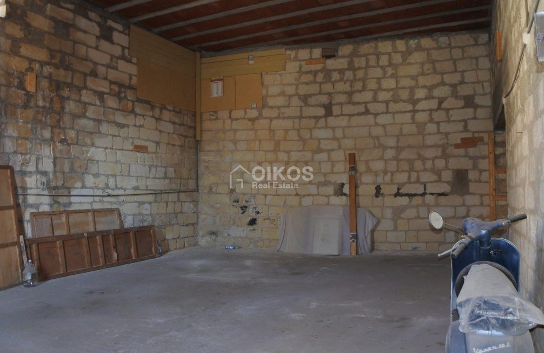 Casa con terrazzo e garage all'Agliastrello (13)
