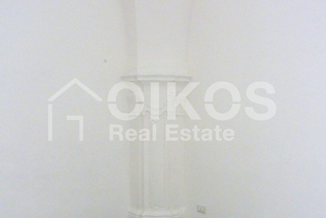 Casa centralissima via R Pirri9