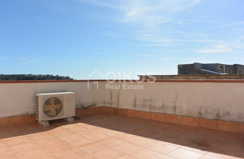 Casetta con terrazzino a mannarazze9