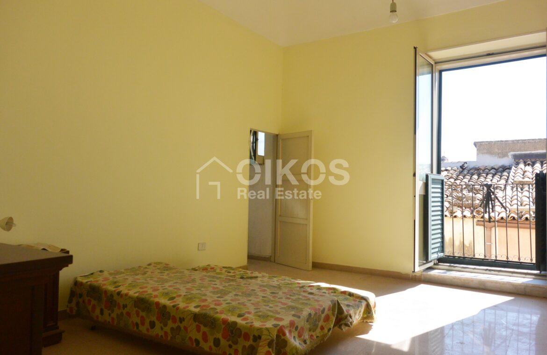 Appartamento via Aurispa6