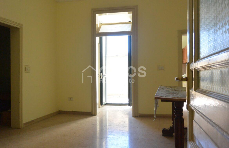 Appartamento via Aurispa8