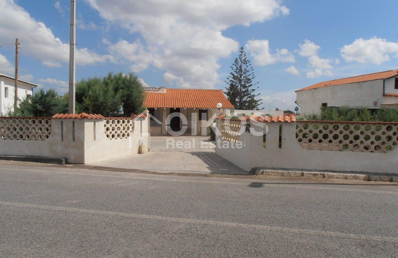 Villa al mare con terrazzo e due dépendance1