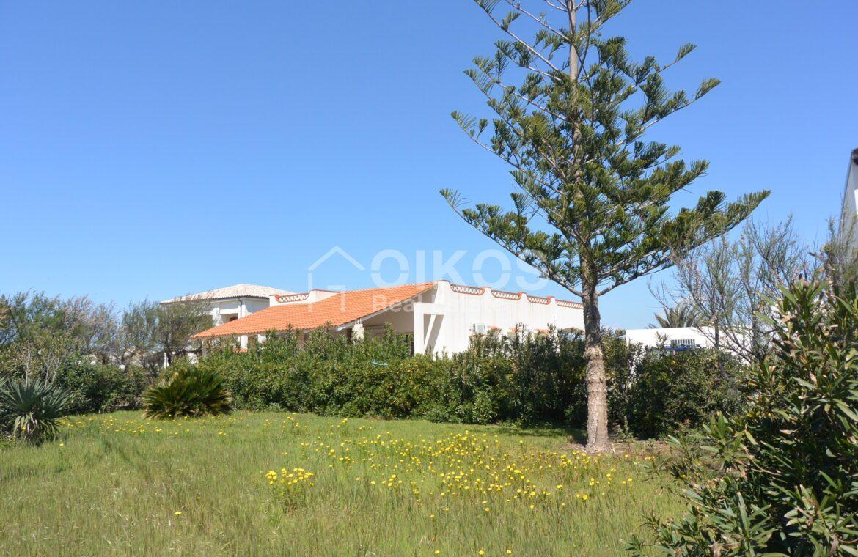 Villa al mare con terrazzo e due dépendance13