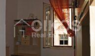 Casa con terrazzo via A Sofia 13