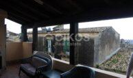 Casa con terrazzo via A Sofia 4