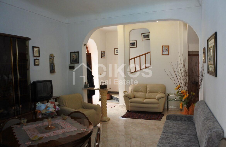 Casa con terrazzo via A Sofia 6