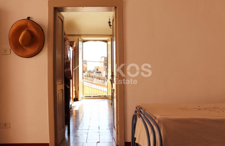 casa con terrazzino via sallicano 07