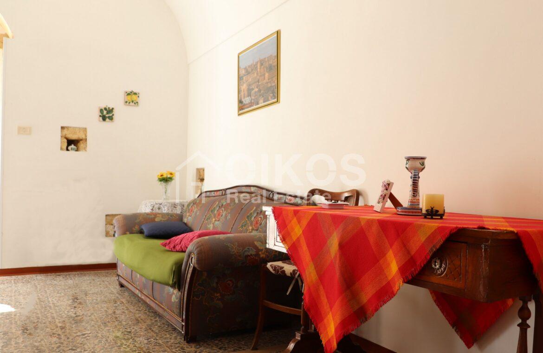 casa con terrazzino via sallicano 16