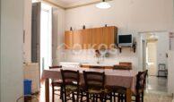 casa con terrazzino via sallicano (4)
