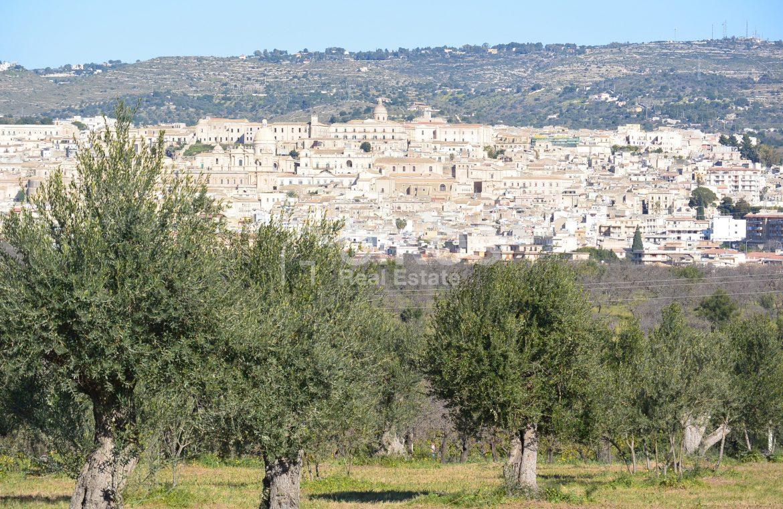 Terreno edificabile con vista su Noto (9)