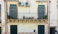 Casetta indipendente con terrazzino a Noto1