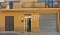 Casa con terrazzini e garage1