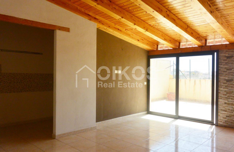 Casa con terrazzini e garage2